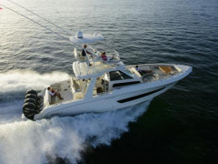 Boston Whaler 420 Outrage Flybridge