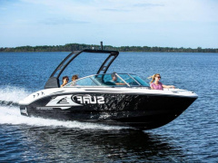 Chaparral 21 SURF Wakeboard / -SURF