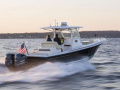 Hunt Yachts 32 Center Console