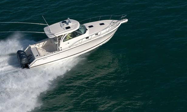 Exterior Pursuit Offshore OS 385 New Boat