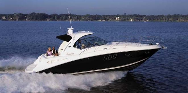 Sea Ray Sport Yacht 390