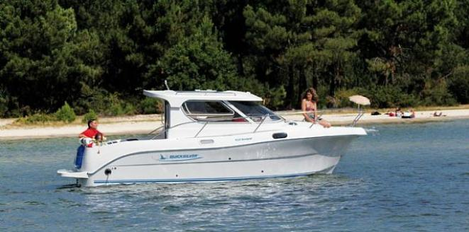 Quicksilver Weekend 700 Neuboot