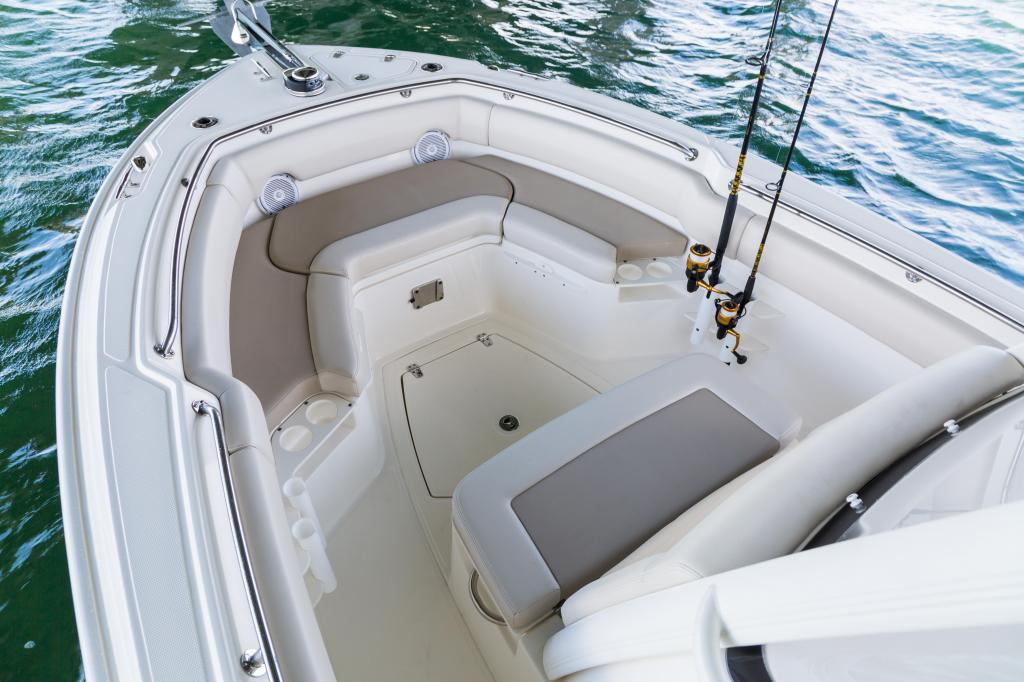 Exterior Boston Whaler 230 Outrage New Boat