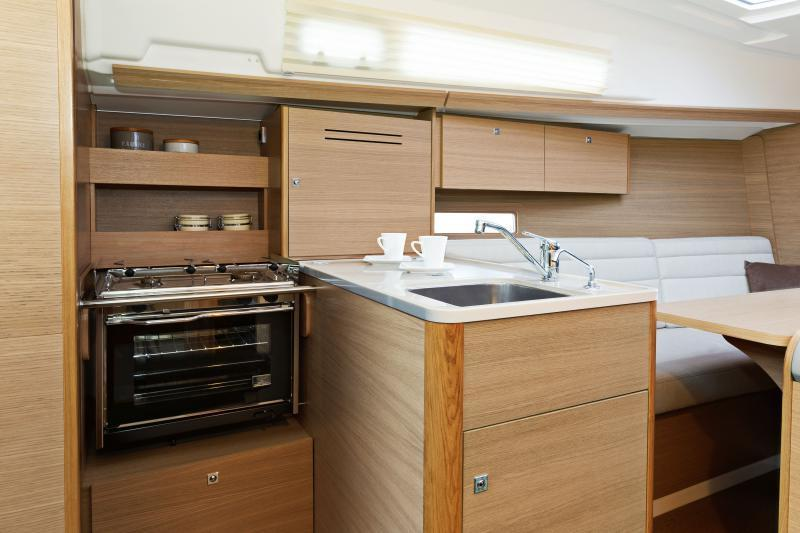 Exterior Dufour 310 Grand Large New Boat