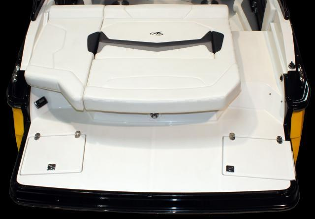 Exterior Monterey 218 SS New Boat