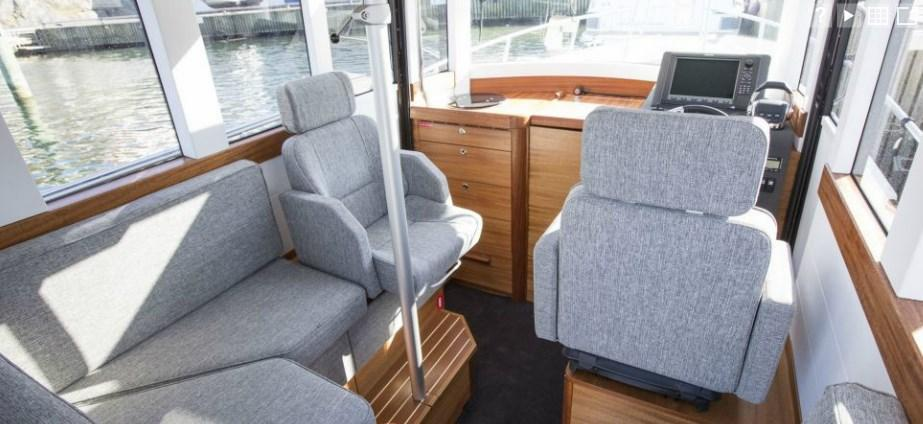 Exterior Paragon 25 Cabin New Boat