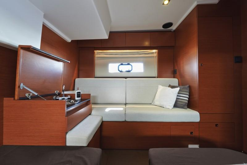 Exterior Jeanneau Leader 40 New Boat