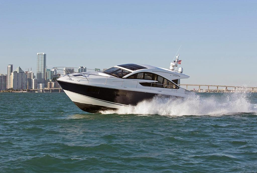 Exterior Fairline Targa 48 GT New Boat