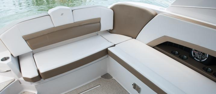 Exterior Four Winns H 350 New Boat
