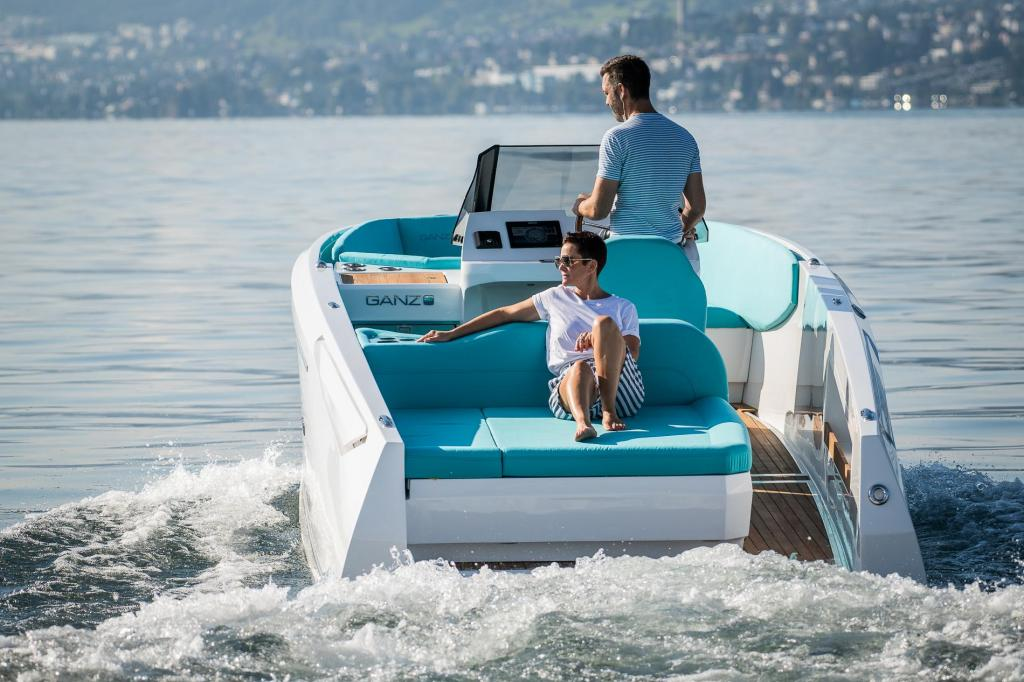 Exterior Ganz Boats Ovation 7.6 Open New Boat