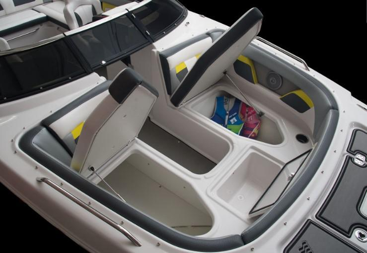 Exterior Four Winns HD 220 RS New Boat
