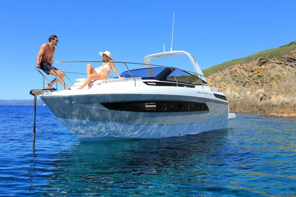 Exterior Jeanneau Leader 30 New Boat