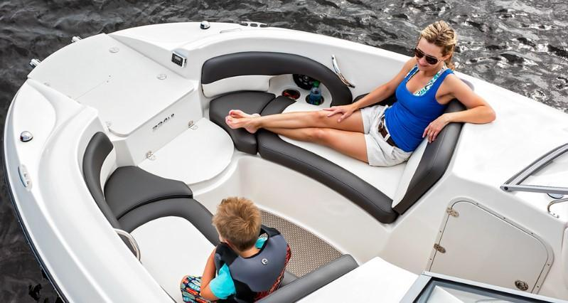 Exterior Stingray Sport Deck 234 LR (OB) New Boat