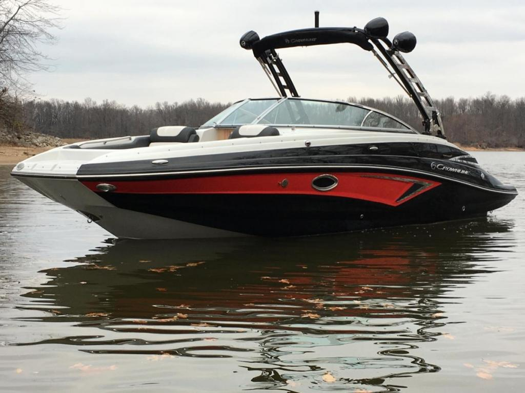 Exterior Crownline E235 Surf New Boat