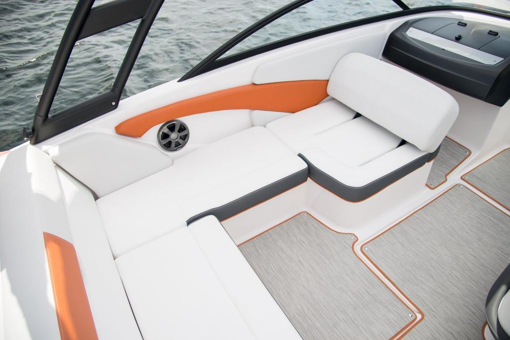 Exterior Regal 19 Surf New Boat