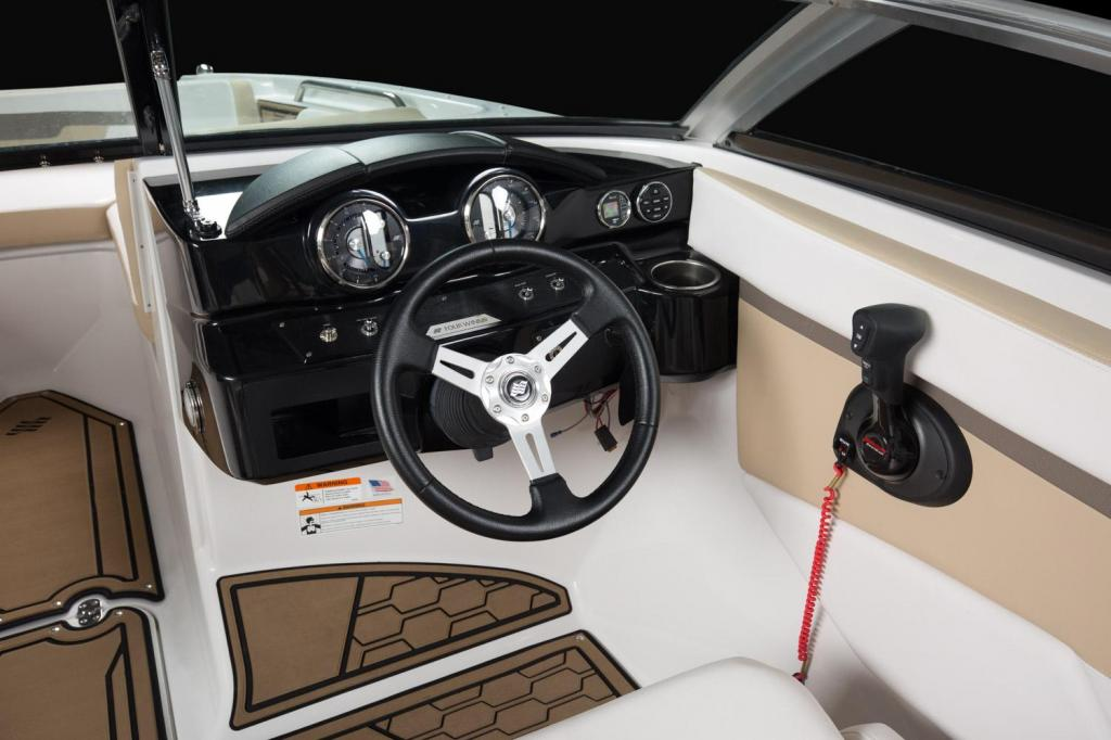Exterior Four Winns HD 200 Freedom New Boat