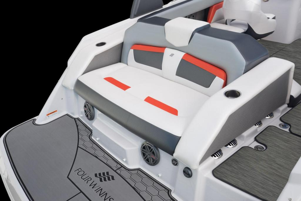 Exterior Four Winns HD 240 RS Surf New Boat