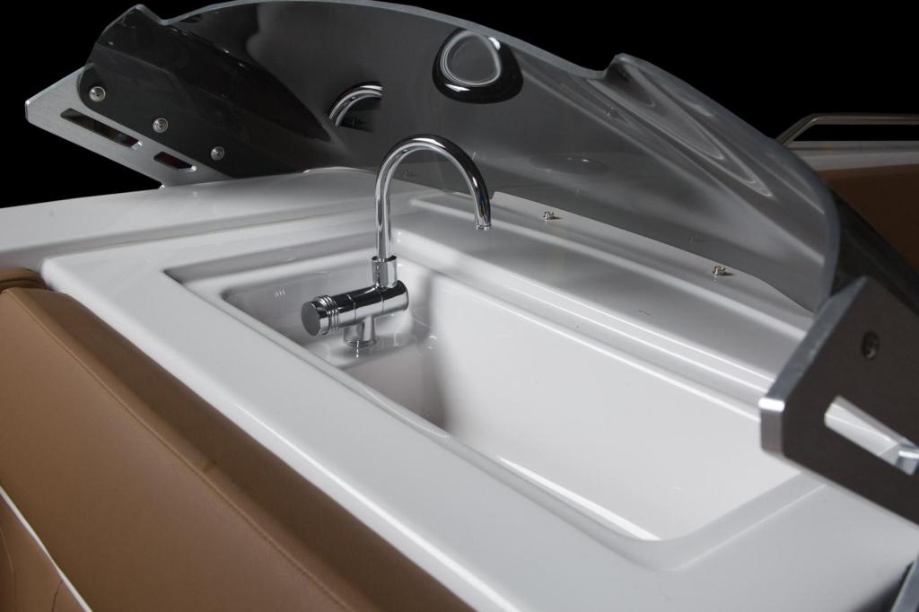 Exterior Glastron GTD 200 New Boat