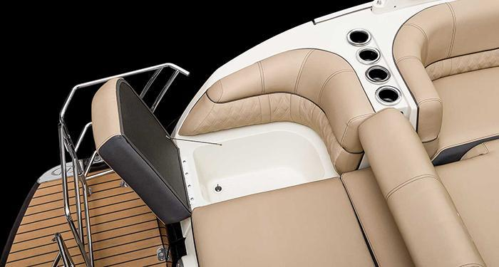 Exterior Harris Crowne SL 270 Twin Engine New Boat