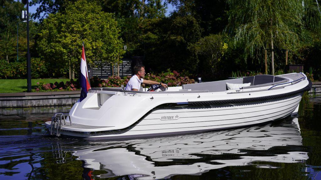 Exterior Interboat Intender 780 New Boat