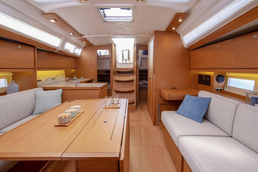 Exterior Dufour 390 Grand Large New Boat