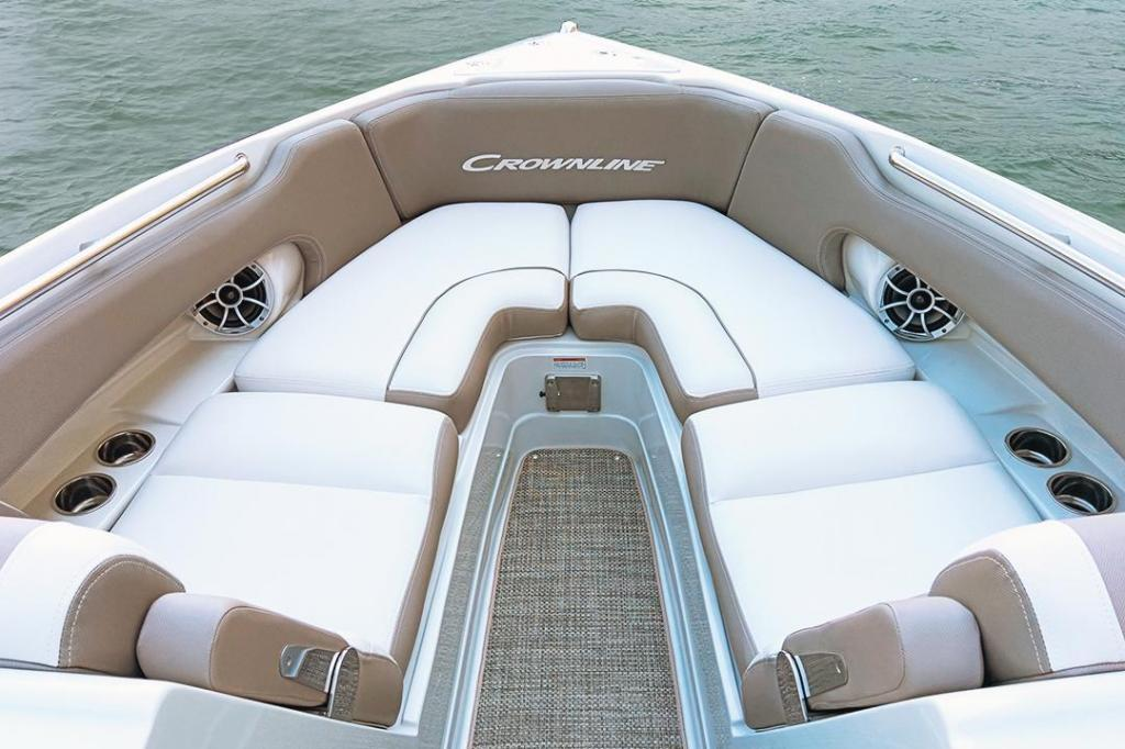 Exterior Crownline Bowrider 265 SS New Boat