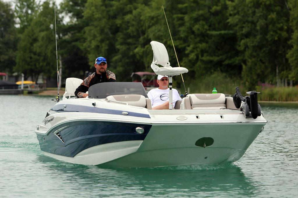 Exterior Crownline Cross Sport E 205 XS New Boat