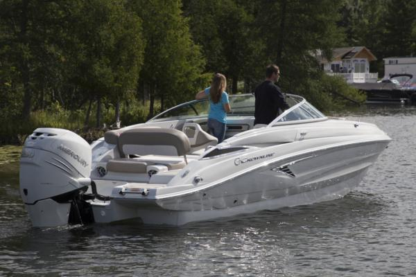 Exterior Crownline Cross Sport E 235 XS New Boat