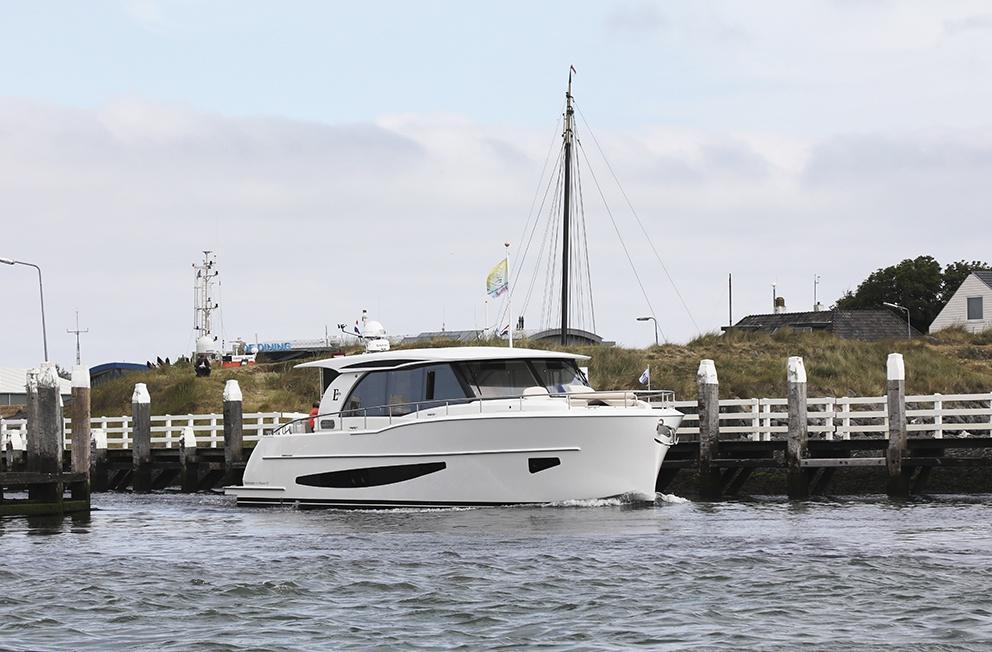 Aussenansicht Boarncruiser 1670 Center Sleeper Neuboot