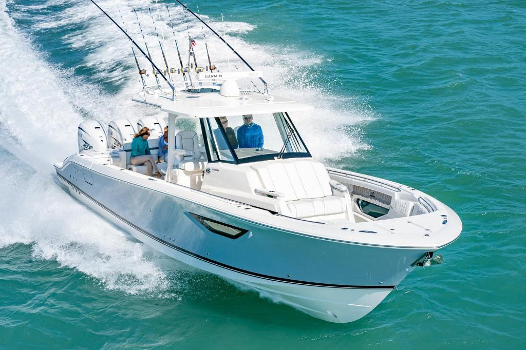 Exterior Pursuit Sport S 378 New Boat