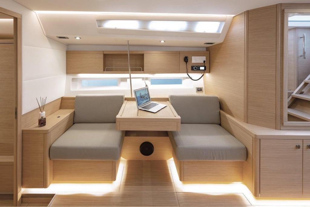 Exterior Grand Soleil 42 LC New Boat