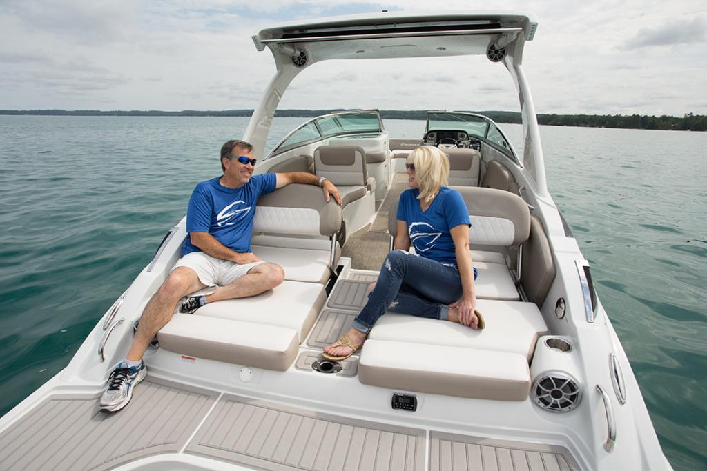 Exterior Crownline Cross Sport E 305 XS New Boat