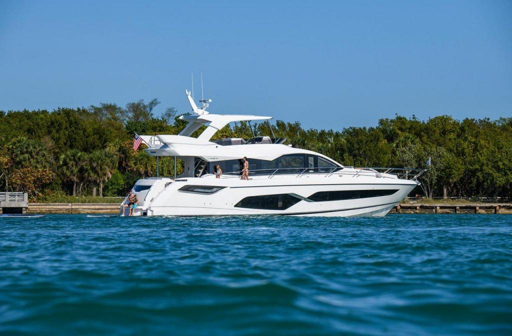 Exterior Sunseeker Manhattan 68 New Boat