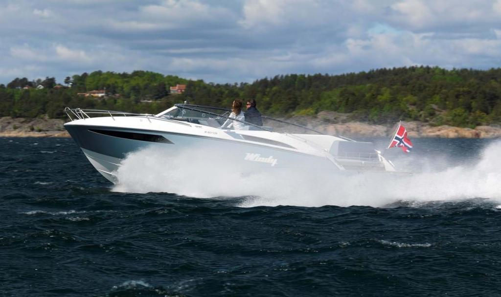 Aussenansicht Windy 32 Grand Zonda Neuboot