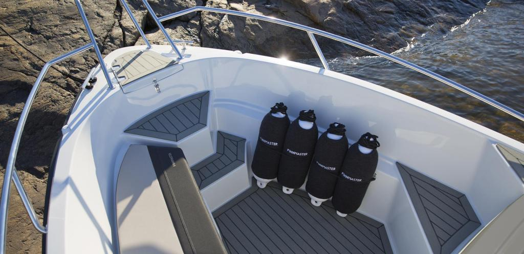 Exterior Finnmaster Console S5 New Boat