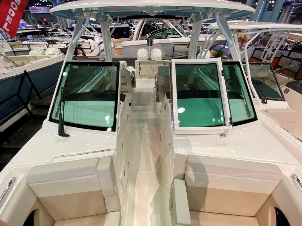 Exterior Boston Whaler 280 Vantage New Boat