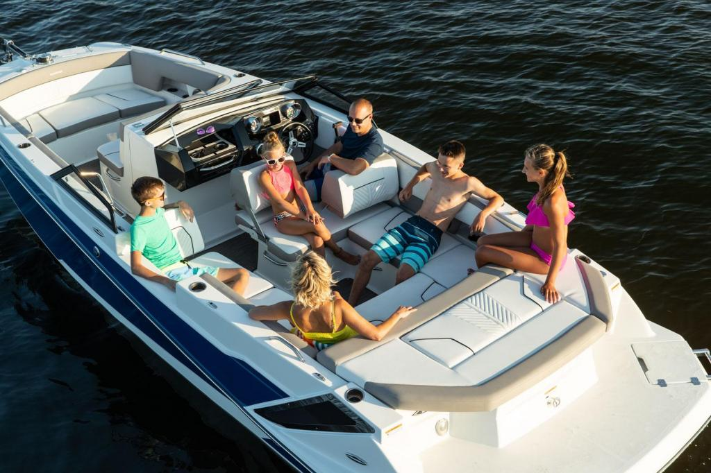 Exterior Glastron GTD 245 New Boat