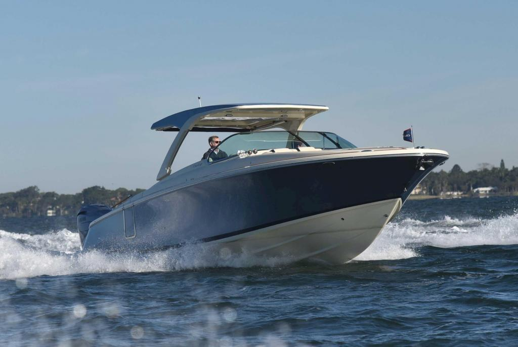 Exterior Chris Craft Launch 35 GT New Boat