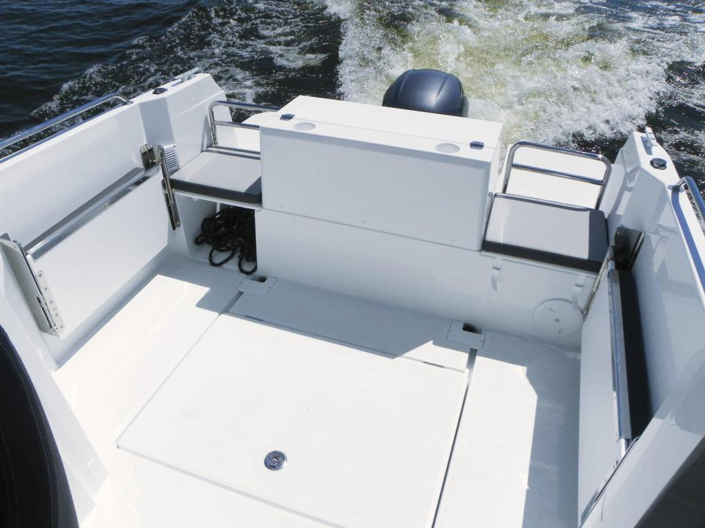 Exterior Jeanneau Merry Fisher 605 Marlin New Boat
