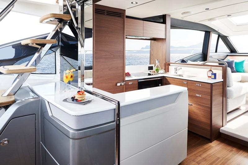 Exterior Princess S62 New Boat