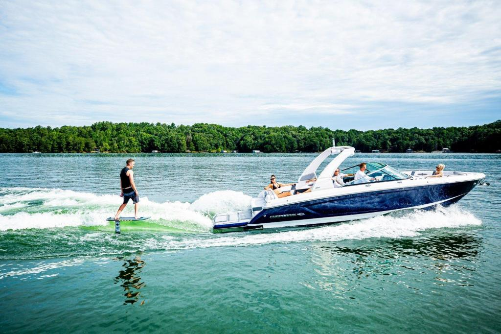 Exterior Chaparral 30 Surf New Boat