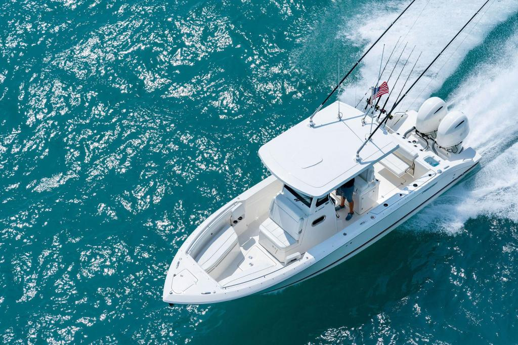 Exterior Pursuit S 268 New Boat