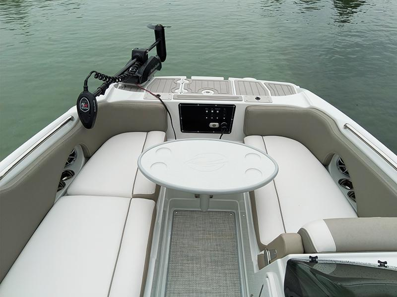 Exterior Crownline E205 XS Fish New Boat