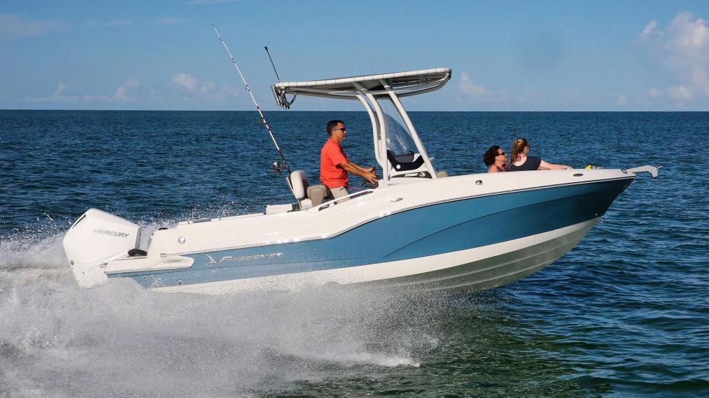 Exterior Crownline 220 CC Finseeker New Boat