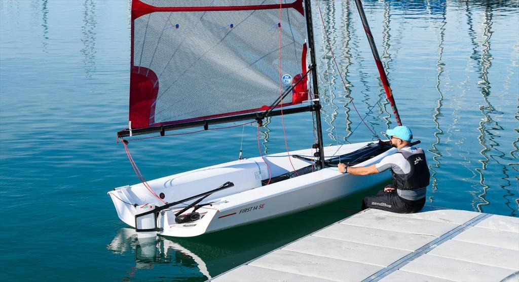Exterior Bnteau First 14 SE New Boat