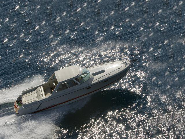 Exterior Colombo 32 Super Indios HT New Boat