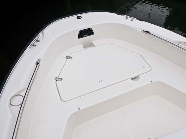 esterno Boston Whaler 180 Dauntless Barca nuova