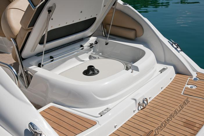 Exterior Crownline Cruiser 264 CR New Boat