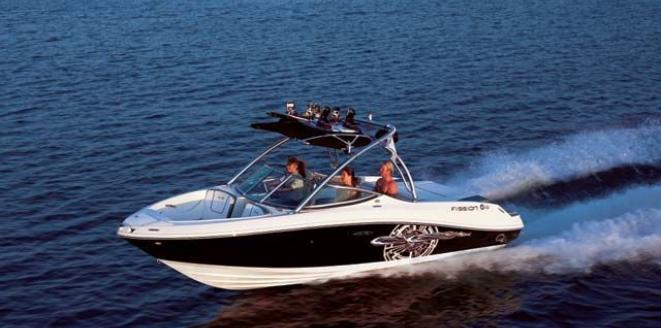 Sea Ray Sport Boat 230 Select